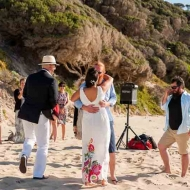 yallingup-beach-wedding-reid-8