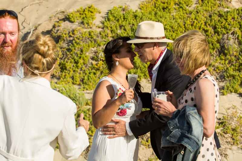 yallingup-beach-wedding-reid-32